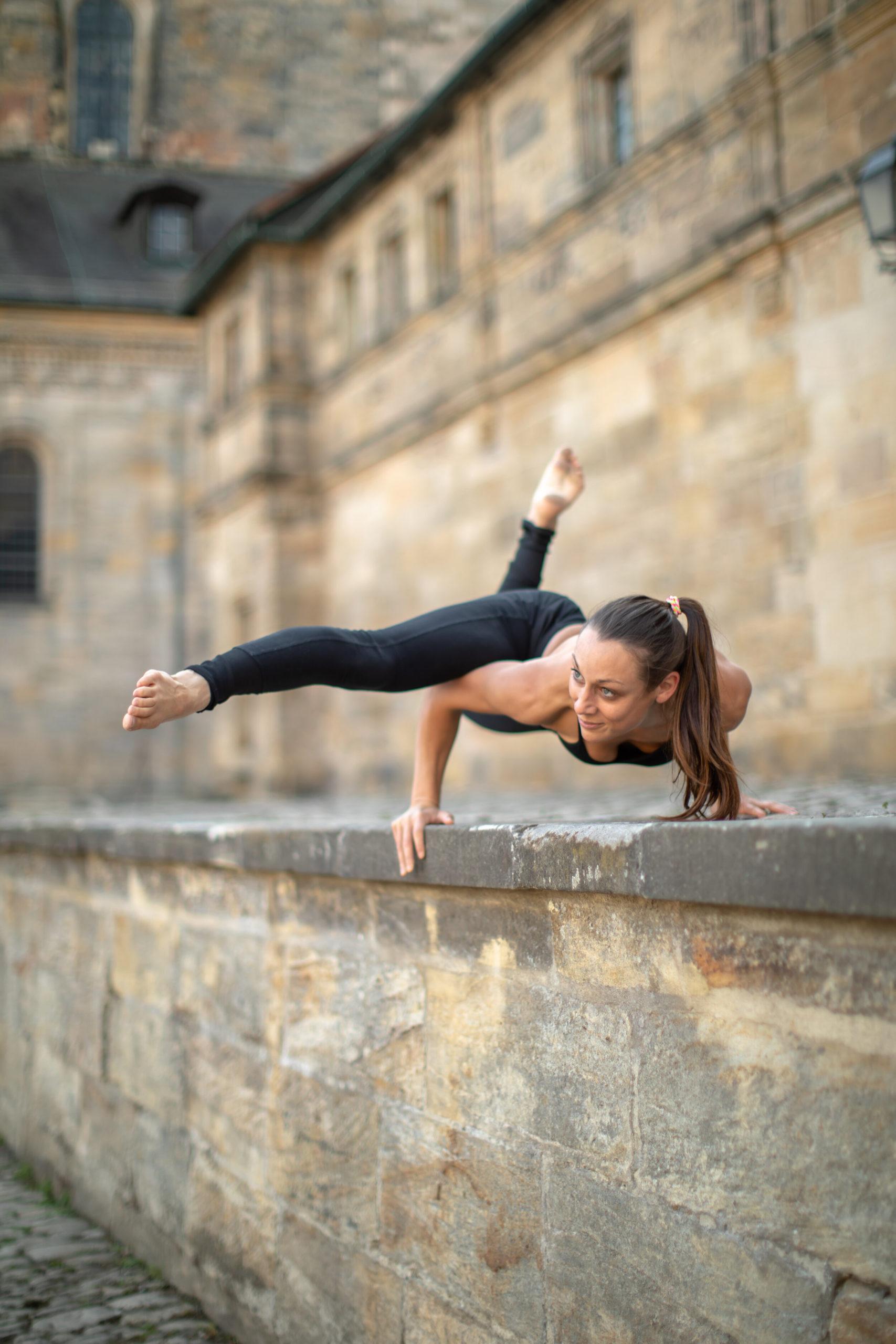 Niyaha-Yoga-Studio-Yogalehrerausbildung-Susann-Kind